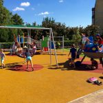 3D öntött gumi burkolatú játszótér UFÓ-val Szlovákiában